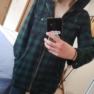 Black and green zip up flannel